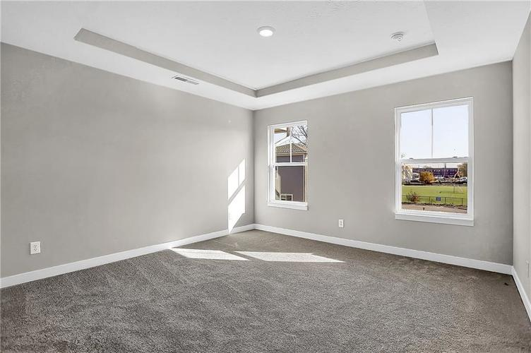 1539 Omar Drive Indianapolis, IN 46202 | MLS 21659354 | photo 21