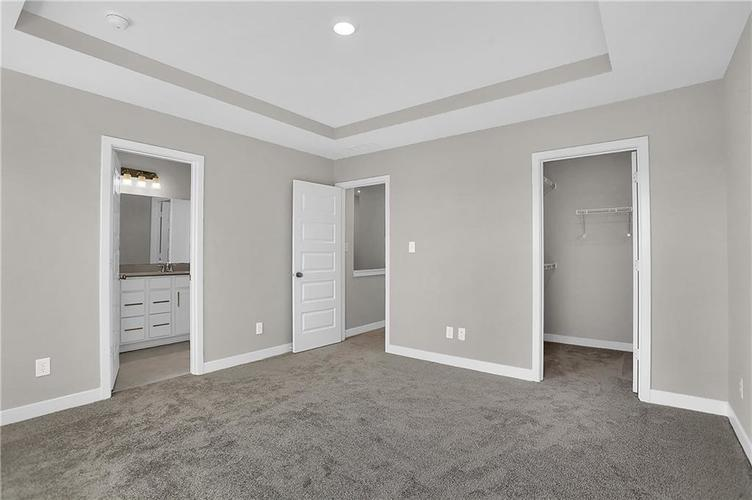 1539 Omar Drive Indianapolis, IN 46202 | MLS 21659354 | photo 23