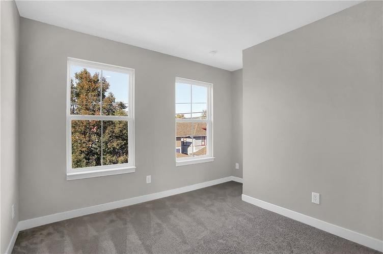 1539 Omar Drive Indianapolis, IN 46202 | MLS 21659354 | photo 27