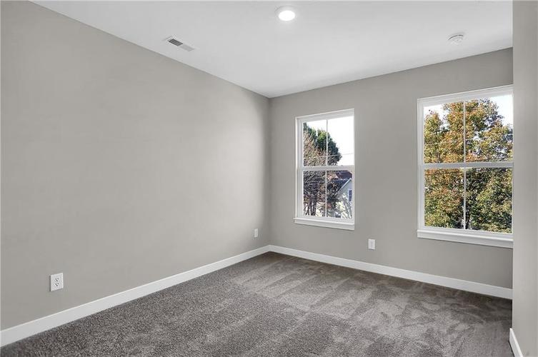 1539 Omar Drive Indianapolis, IN 46202 | MLS 21659354 | photo 28