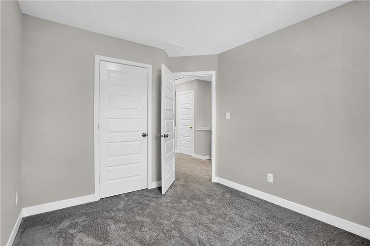 1539 Omar Drive Indianapolis, IN 46202 | MLS 21659354 | photo 30