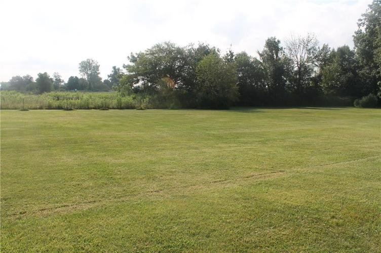 0 100 N Farmland, IN 47340 | MLS 21659359 | photo 2