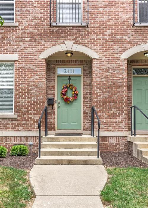 2411 N PARK Avenue Indianapolis, IN 46205 | MLS 21659377 | photo 2