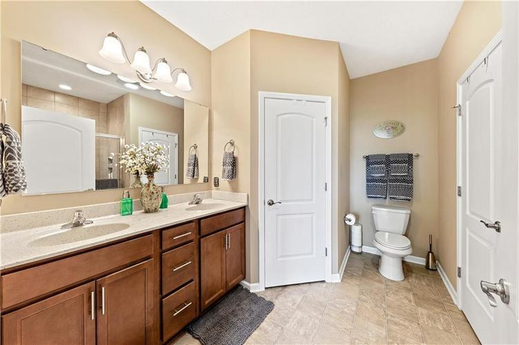 4334 Yarrow Court Indianapolis, IN 46237 | MLS 21659383 | photo 14