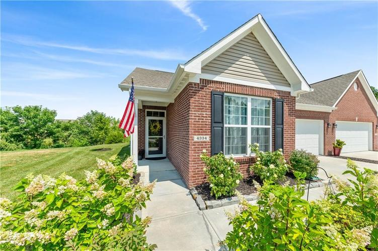 4334 Yarrow Court Indianapolis, IN 46237 | MLS 21659383 | photo 2