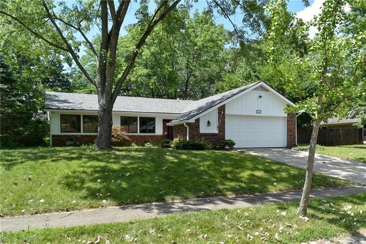 6638  Lakeknoll Drive Indianapolis, IN 46220 | MLS 21659402