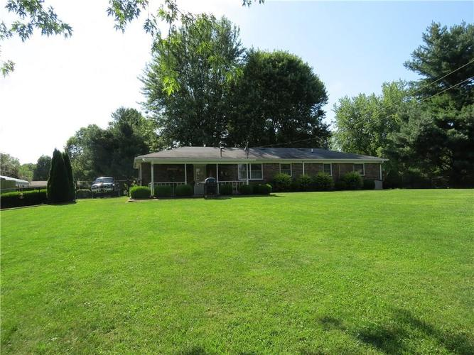 6715 Lakewood Lane Martinsville, IN 46151 | MLS 21659408 | photo 18