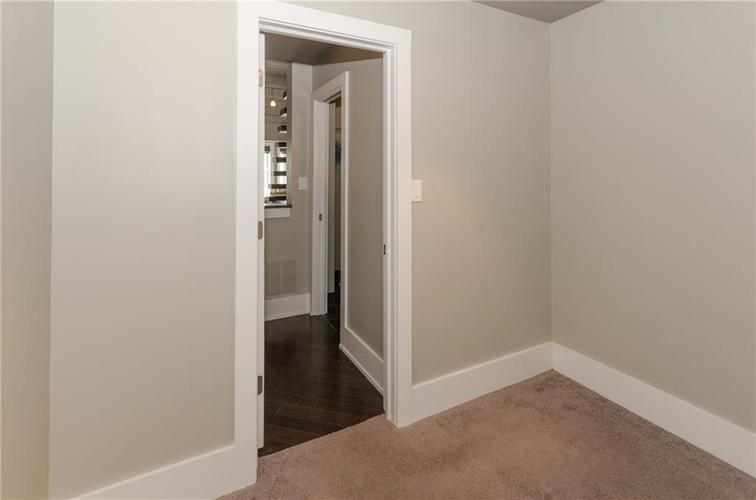 230 E 9th Street #602 Indianapolis, IN 46204 | MLS 21659423 | photo 10