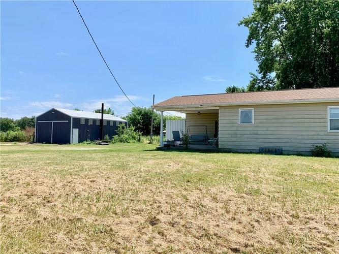 7129 W US Highway 36 Middletown, IN 47356 | MLS 21659439 | photo 3