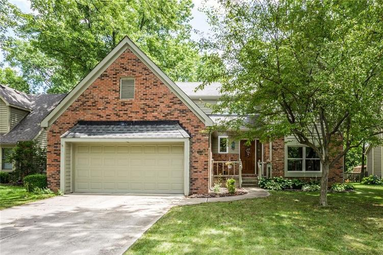 7613 Pinesprings West Drive Indianapolis IN 46256 | MLS 21659448 | photo 1
