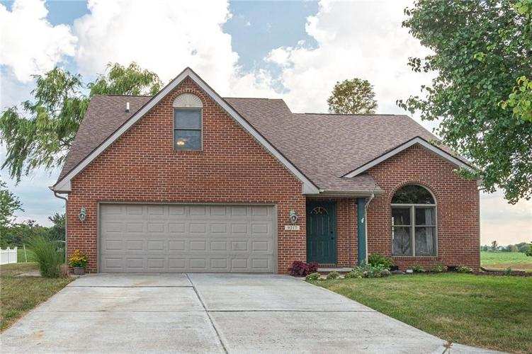 9217  Beechwood Drive Lapel, IN 46051 | MLS 21659480