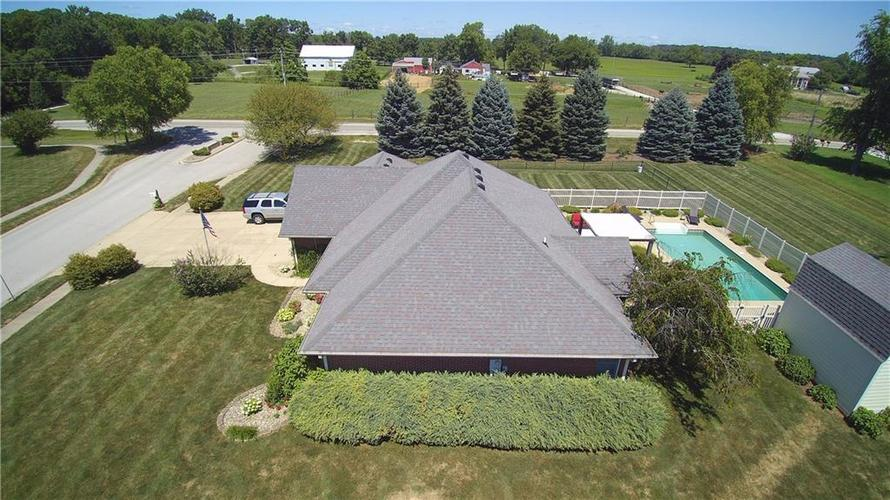 3973 Country Lane Brownsburg, IN 46112 | MLS 21659505 | photo 5