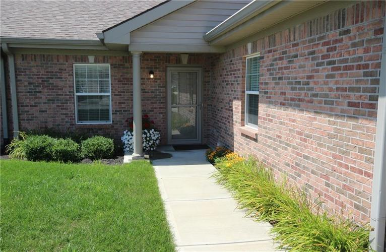 4308 Hamilton Way Plainfield, IN 46168 | MLS 21659516 | photo 2