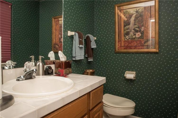 7459 Quincy Court Indianapolis, IN 46254 | MLS 21659533 | photo 15