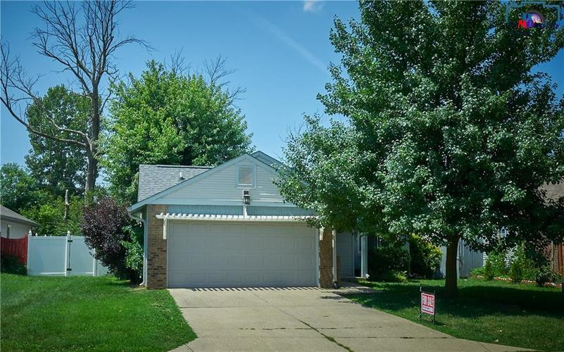 8884  Summer Walk Drive Indianapolis, IN 46227 | MLS 21659546