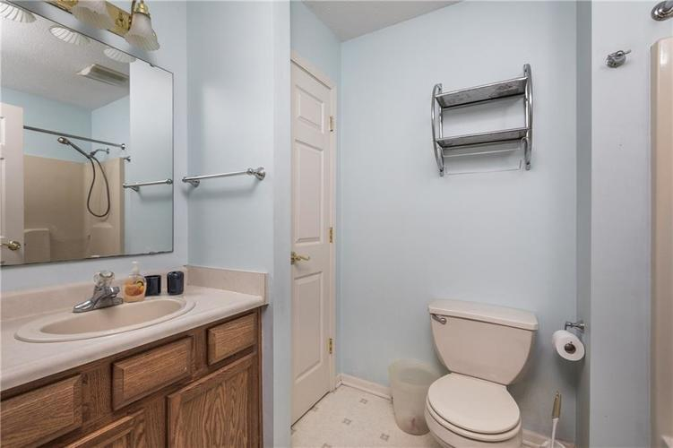 12543 GEIST COVE Drive Indianapolis, IN 46236 | MLS 21659566 | photo 17