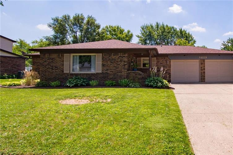 5609  HILL RISE Drive Indianapolis, IN 46237 | MLS 21659584