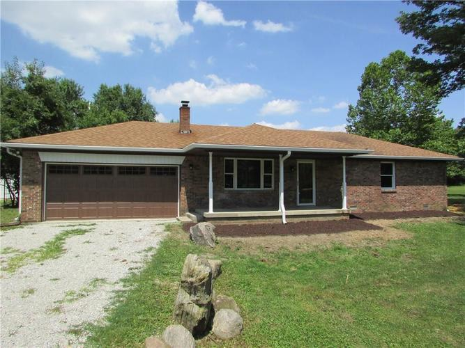 13733 N Western Road Camby, IN 46113 | MLS 21659615 | photo 1