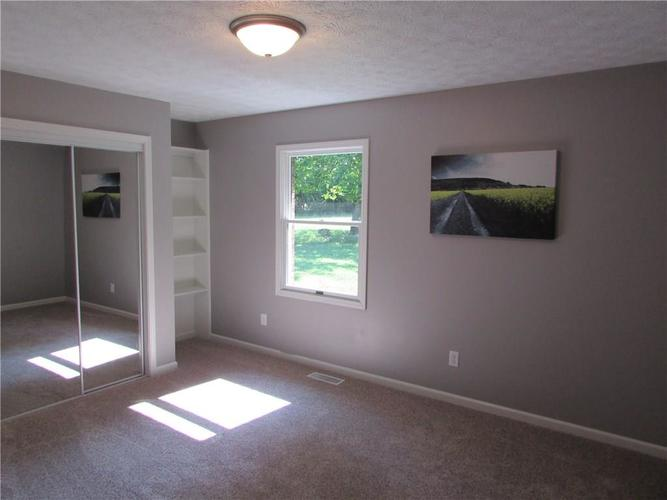 13733 N Western Road Camby, IN 46113 | MLS 21659615 | photo 14