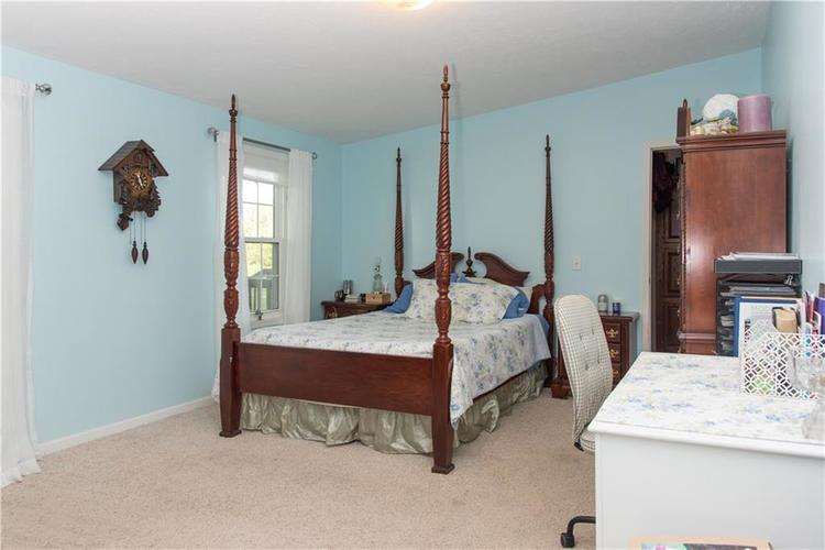 7236 E 850 N Sheridan, IN 46069 | MLS 21659723 | photo 20