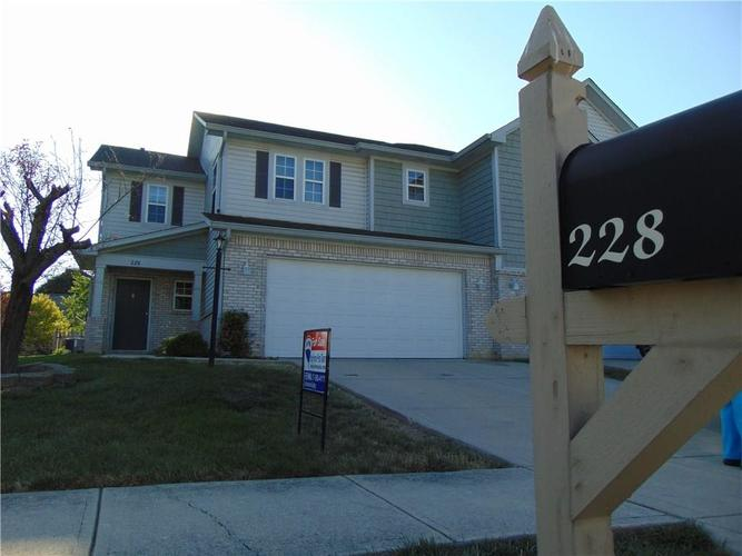 228 Clear Branch Drive Brownsburg, IN 46112 | MLS 21659764 | photo 1