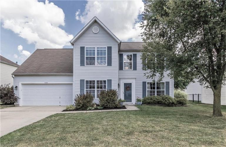 6287 Canterbury Drive Zionsville, IN 46077 | MLS 21659792 | photo 1