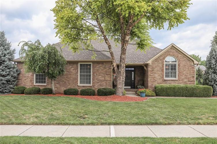 8967 CLASSIC VIEW Drive Indianapolis, IN 46217 | MLS 21659806 | photo 1