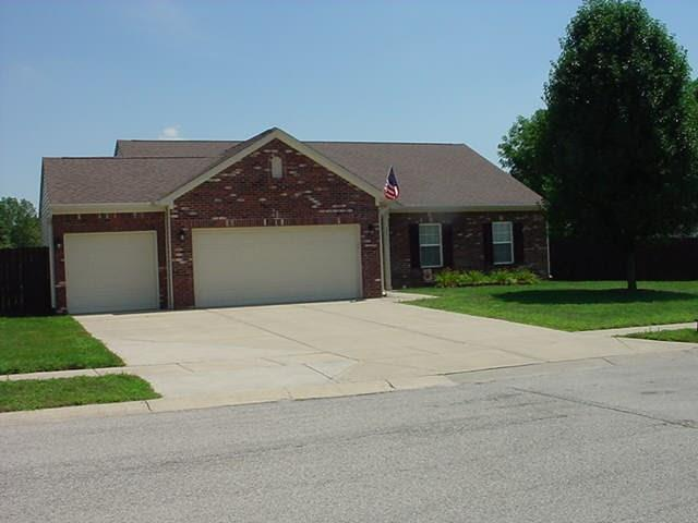 2531  Auburn Court Plainfield, IN 46168 | MLS 21659823