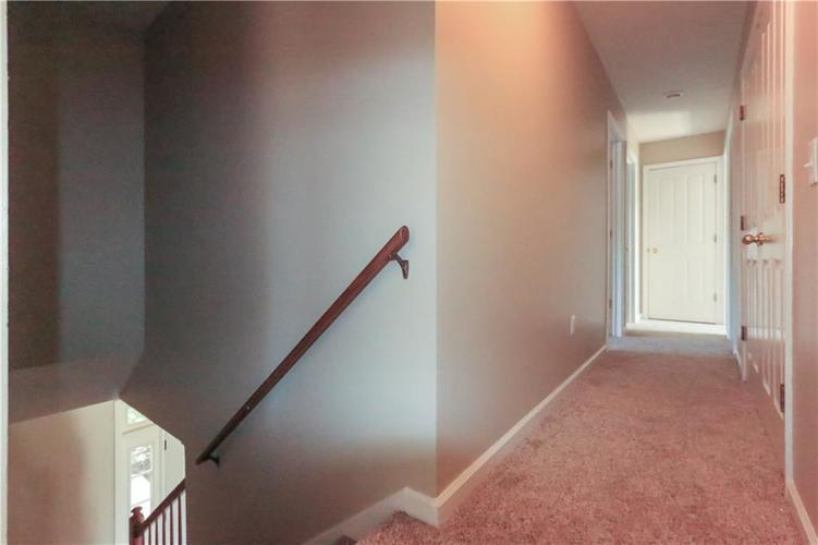 8517 McNutt Circle Indianapolis, IN 46256 | MLS 21659827 | photo 10