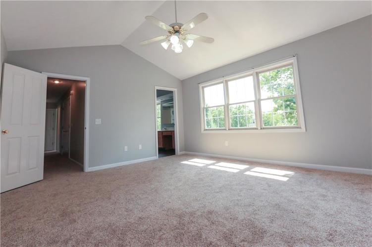 8517 McNutt Circle Indianapolis, IN 46256 | MLS 21659827 | photo 12