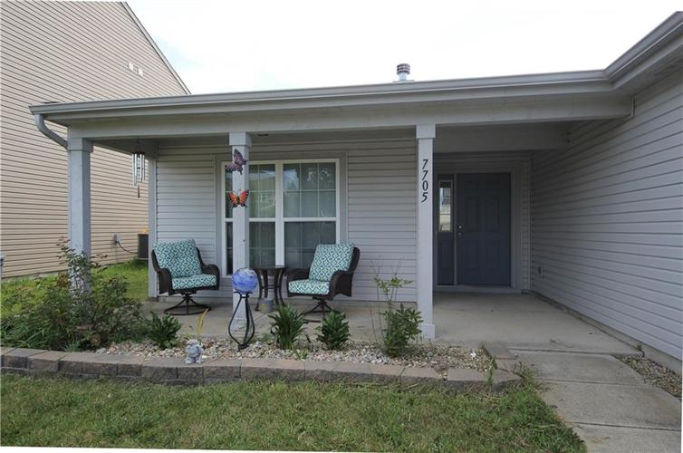 7705 Gold Rush Drive Camby, IN 46113 | MLS 21659850 | photo 12