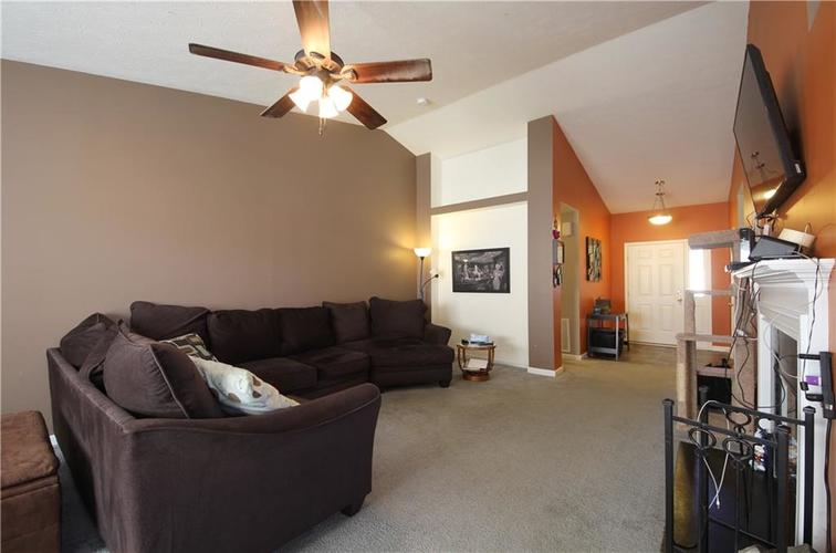 7705 Gold Rush Drive Camby, IN 46113 | MLS 21659850 | photo 2
