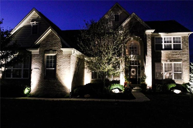 15356 Ackerley Drive Fishers, IN 46040   MLS 21659888   photo 3