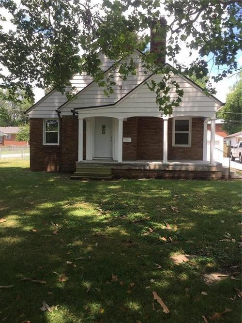 230 E Pleasant Run Parkway North Drive Indianapolis, IN 46225   MLS 21659890