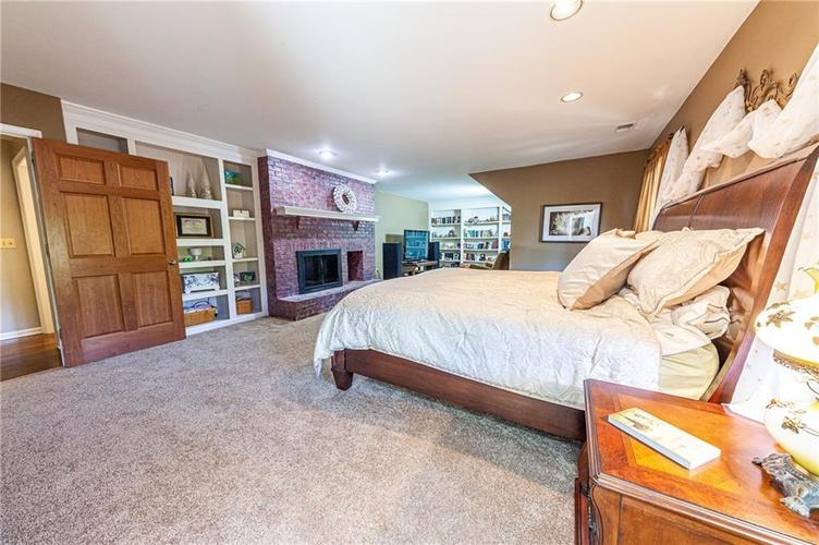 9228 Seascape Drive Indianapolis, IN 46256 | MLS 21659921 | photo 18