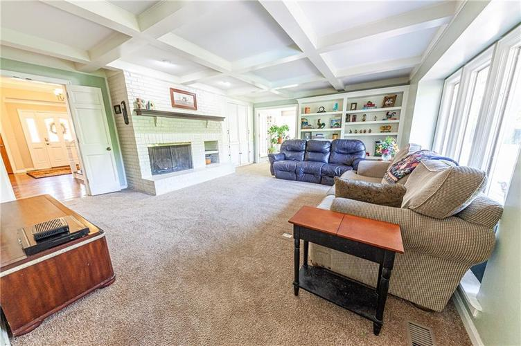9228 Seascape Drive Indianapolis, IN 46256 | MLS 21659921 | photo 5