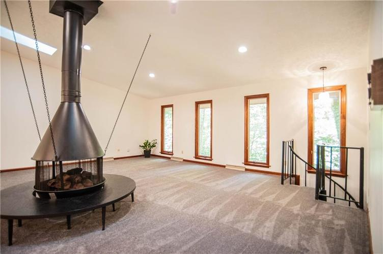 7797 Thorncrest Drive Mooresville, IN 46158 | MLS 21659953 | photo 8