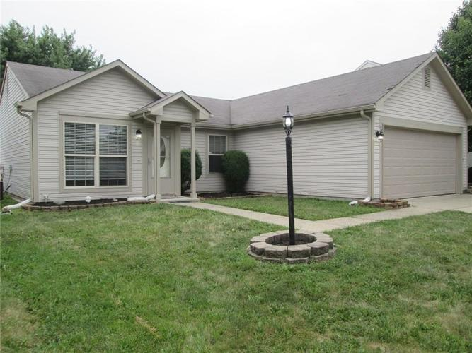 2264  Rolling Oak Drive Indianapolis, IN 46214 | MLS 21660000