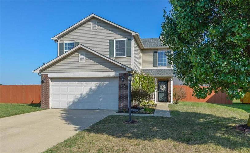 1200 Tomahawk Place Martinsville, IN 46151 | MLS 21660038 | photo 1