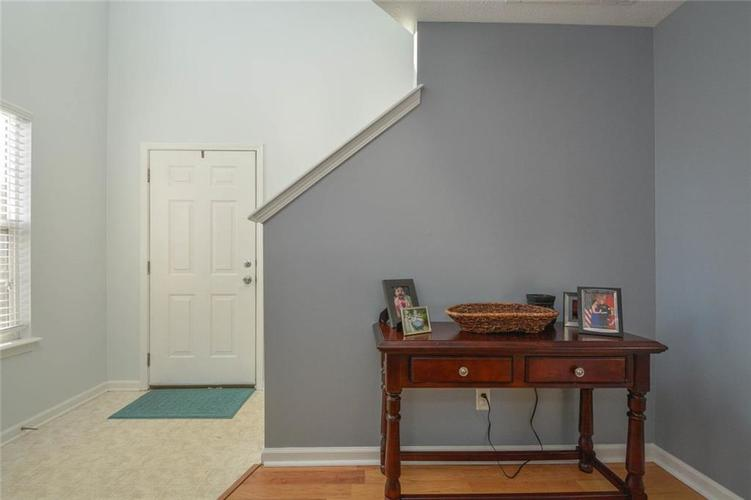 1200 Tomahawk Place Martinsville, IN 46151 | MLS 21660038 | photo 3