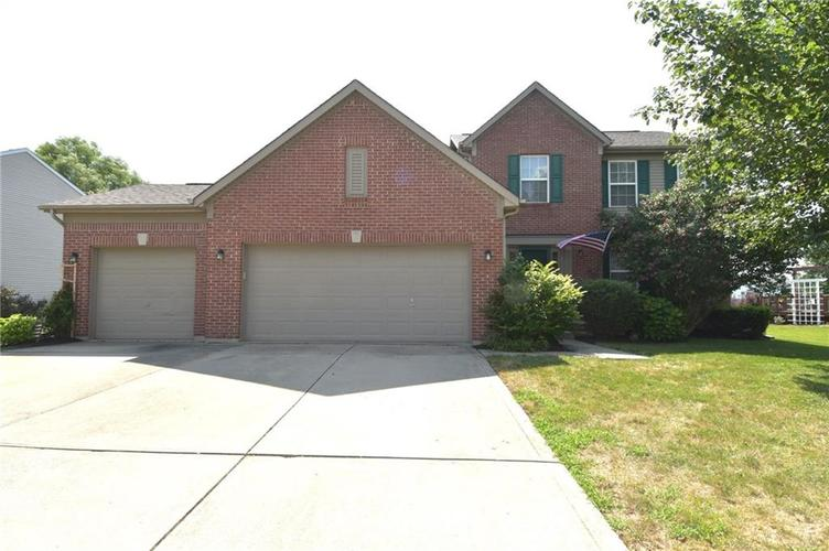 1922  Bridgewater Drive Avon, IN 46123 | MLS 21660091