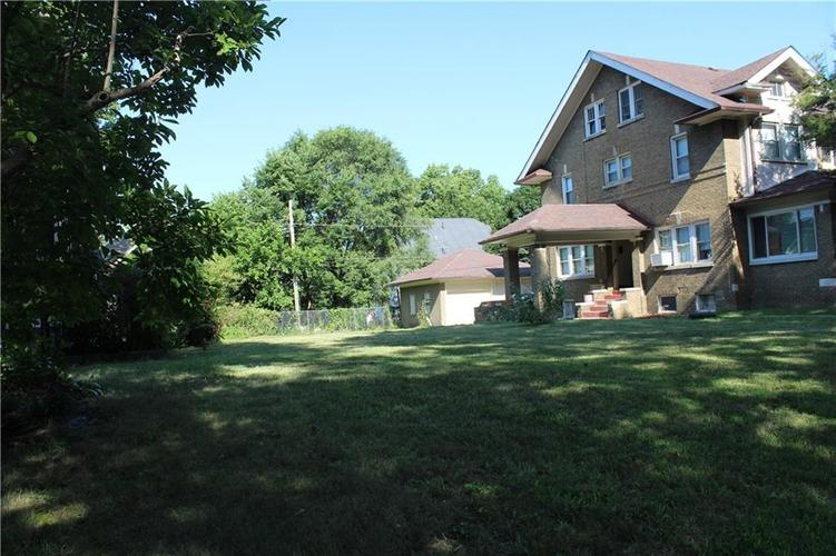 3068 E Fall Creek Parkway North Drive Indianapolis IN 46205 | MLS 21660097 | photo 1