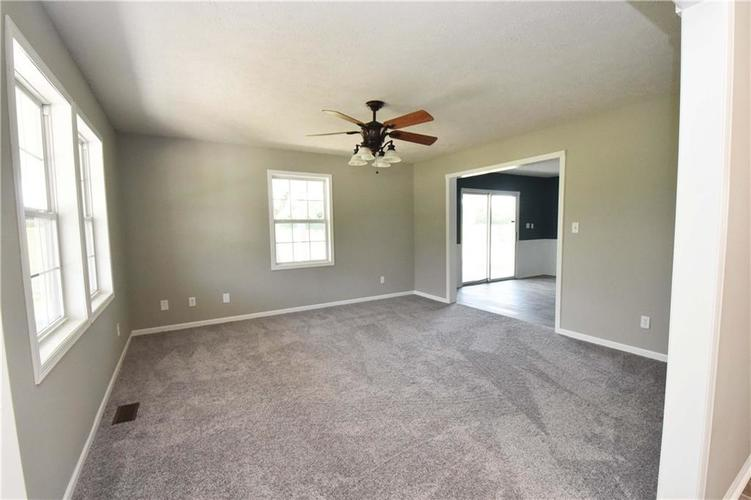 648 W CO RD 300 SOUTH Franklin, IN 46131   MLS 21660108   photo 16