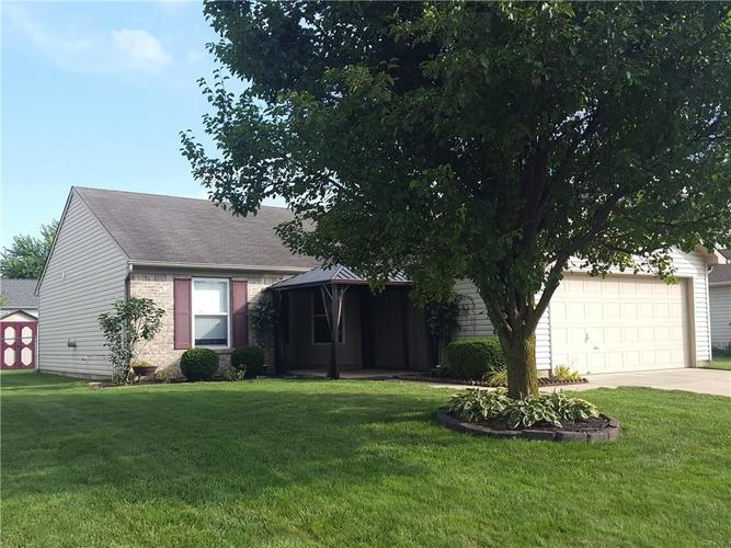 1375  Cypress Drive Greenfield, IN 46140 | MLS 21660135