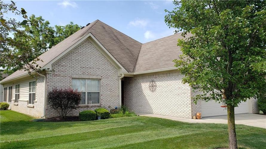 1725 STONEWALL Circle Greenfield IN 46140 | MLS 21660146 | photo 1