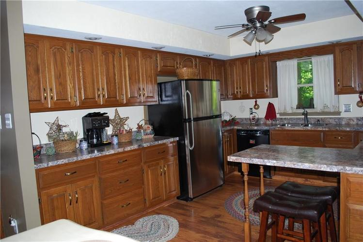 5510 Lincoln Road Martinsville, IN 46151   MLS 21660158   photo 11