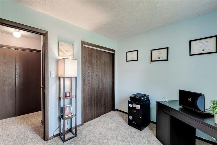 6321 Old Mill Drive Indianapolis, IN 46221 | MLS 21660190 | photo 15