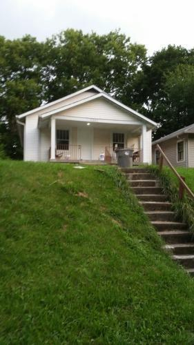 1241 W 33rd Street Indianapolis, IN 46208 | MLS 21660220 | photo 1