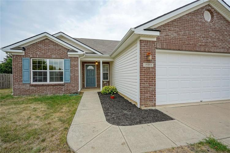 15555 Farmland Court Noblesville, IN 46060 | MLS 21660224 | photo 2