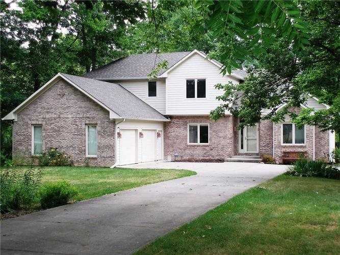 1508 E 106th Street Indianapolis, IN 46280 | MLS 21660240 | photo 1